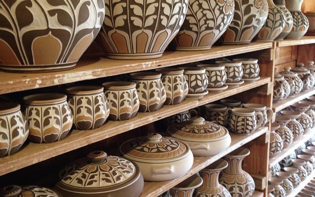 Kate Johnston Pottery based on art deco design